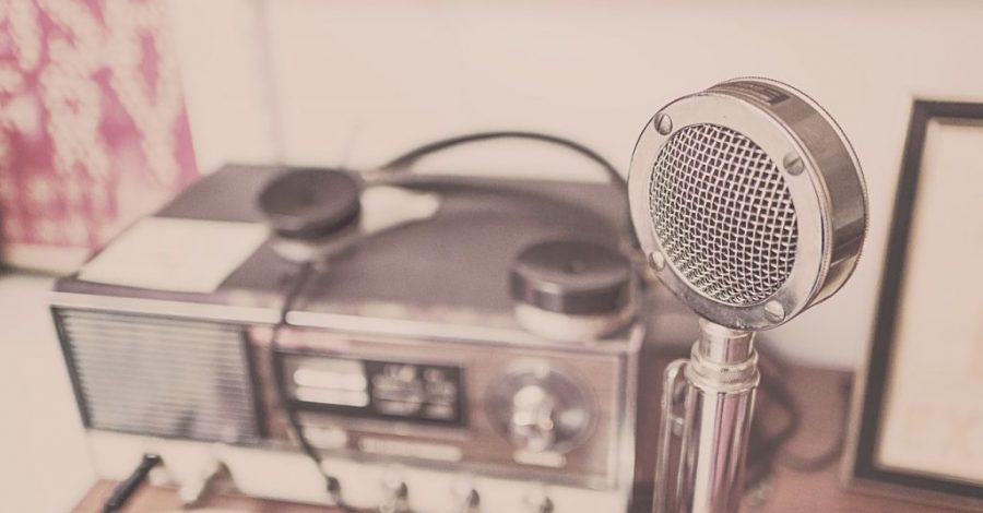 Microphone with a radio behind
